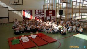 Szkoła Podstawowa nr 4 w Oświęcimiu wzięła udział w biciu rekordu