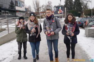 Szkoła Podstawowa z Oddziałami Integracyjnymi Nr 4 w Oświęcimiu z kwotą 2643,89 zł dla WOŚP