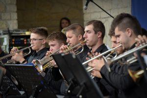 Koncert Orkiestry Dętej Zator podczas Małopolskiego Festiwalu Smaku w Wygiełzowie